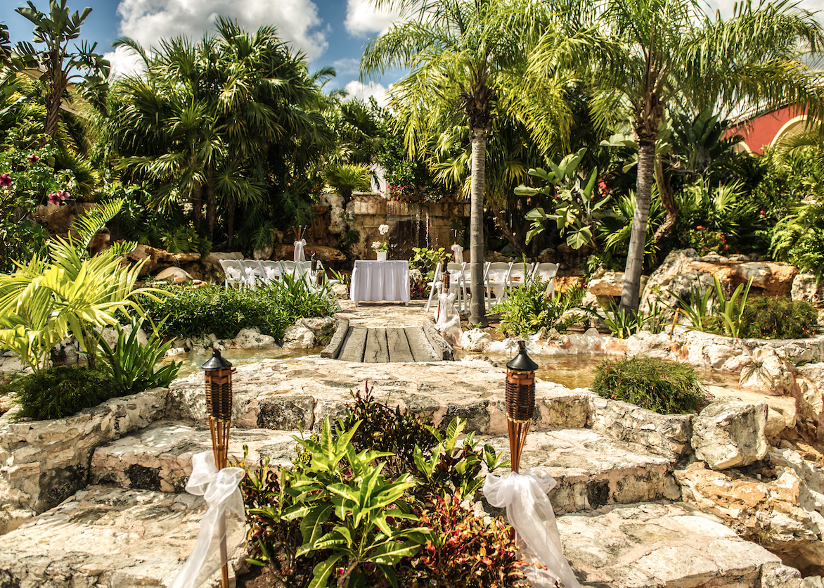 Ocean Maya Royale Garden Fountain Destify