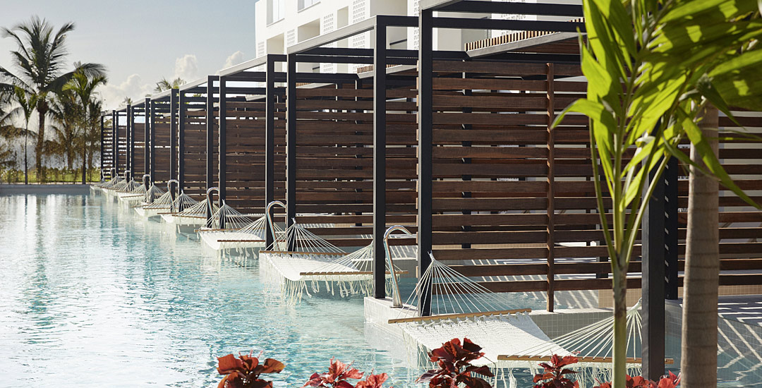 finest-playa-mujeres-swim-out-suites