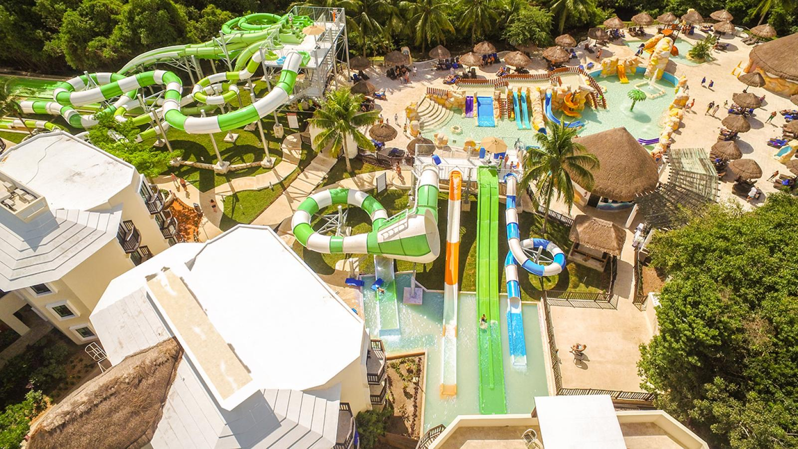 5 Awesome Resort Waterparks  DESTIFY