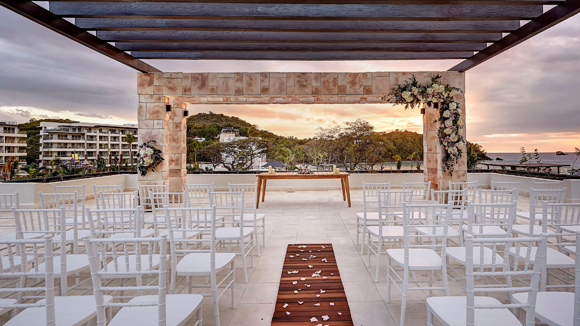 You Can Win A 7night Stay At Any Royalton Luxury Resort Airfare Full Wedding Package Dj Photo Video Dance Floor Private Reception: Wedding Venues St Lucia At Websimilar.org