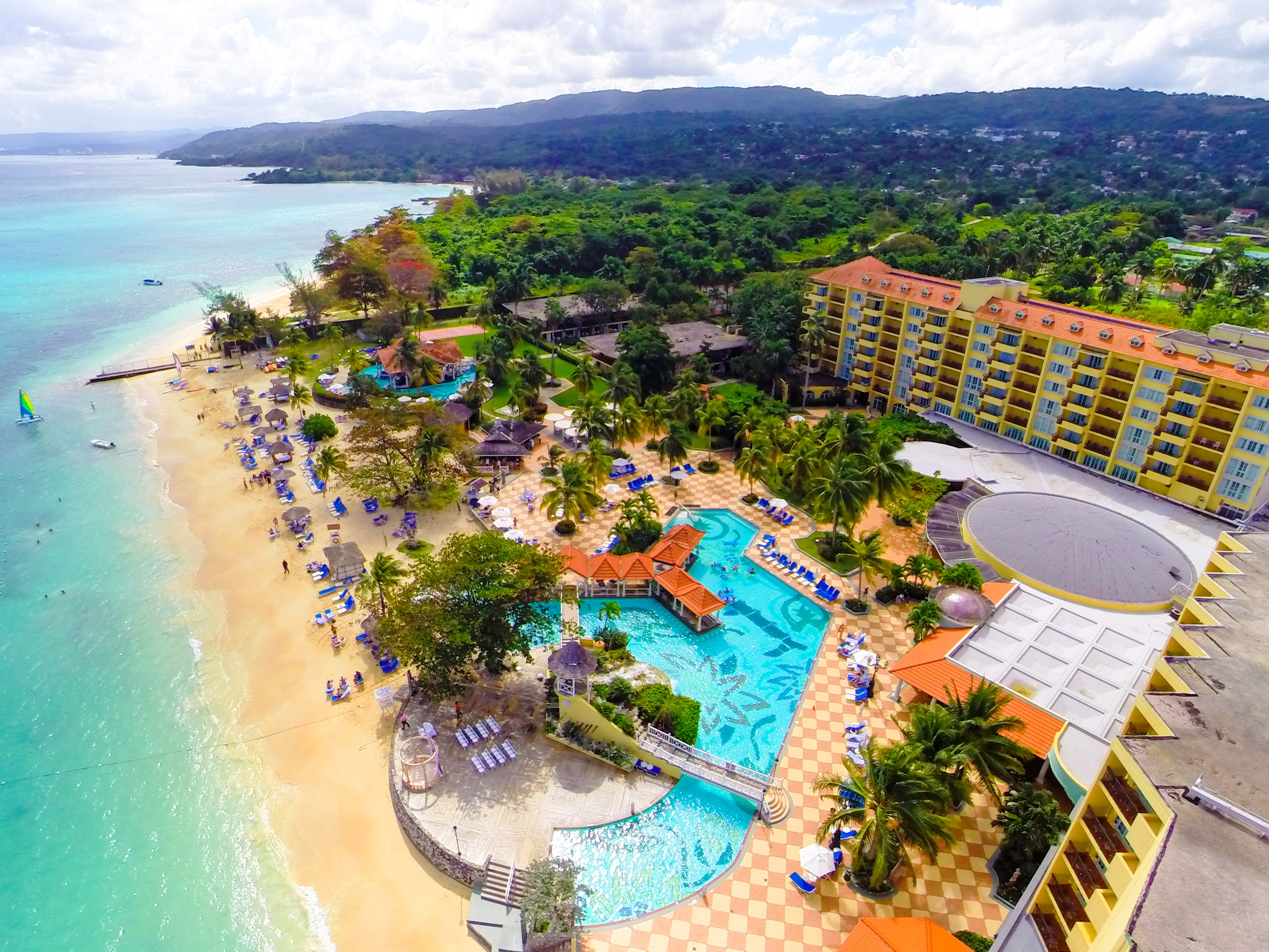See Our Honeymoon Package For Jewel Dunn S River Resort In