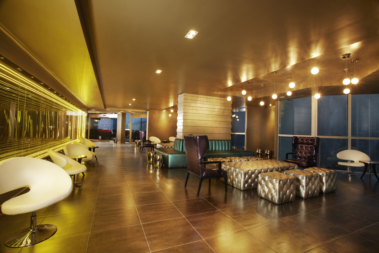 BITS-Bar-In-The-Sky-Interior-Lounge