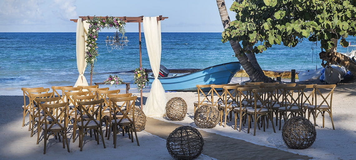 Wedding Resort Spotlight: Ocean Blue and Sand