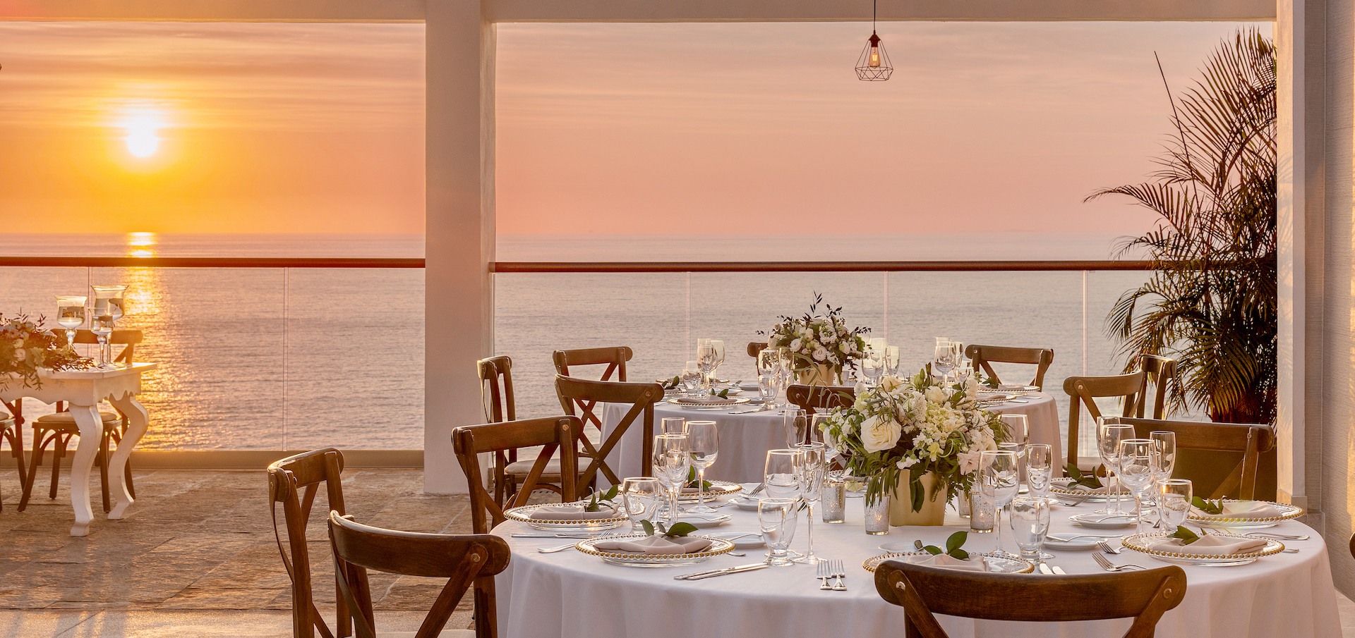 Hyatt-Ziva-Puerto-Vallarta-Sky-Penthouse-Terrace-Weddings-Reception-Sunset-View-4