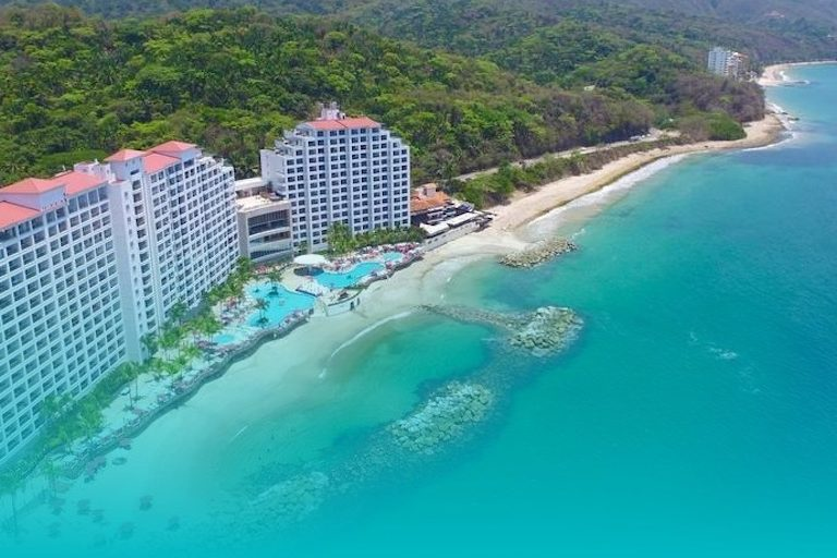 La Coleccion Resorts Trip Giveaways for First Responders – Their Stories