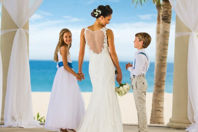 How to Travel with Your Wedding Dress